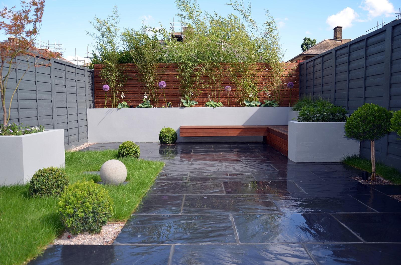 Velcí zahradníci s malou zahradou - Obrázek č. 47