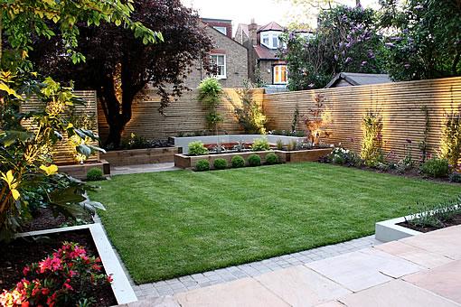 Velcí zahradníci s malou zahradou - Obrázek č. 48