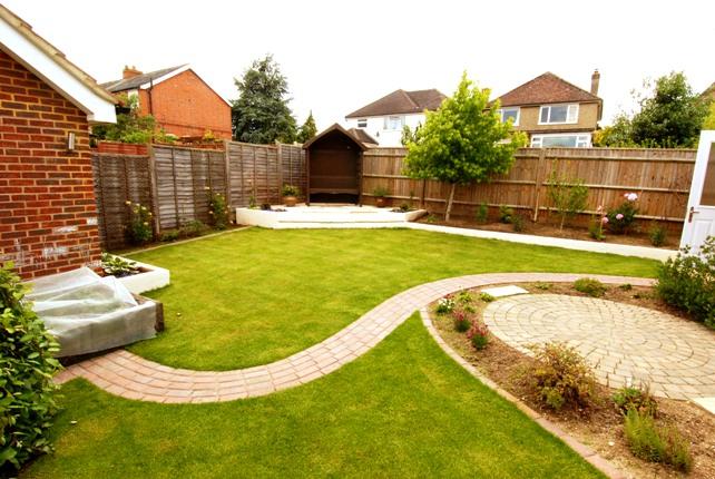 Velcí zahradníci s malou zahradou - Obrázek č. 50