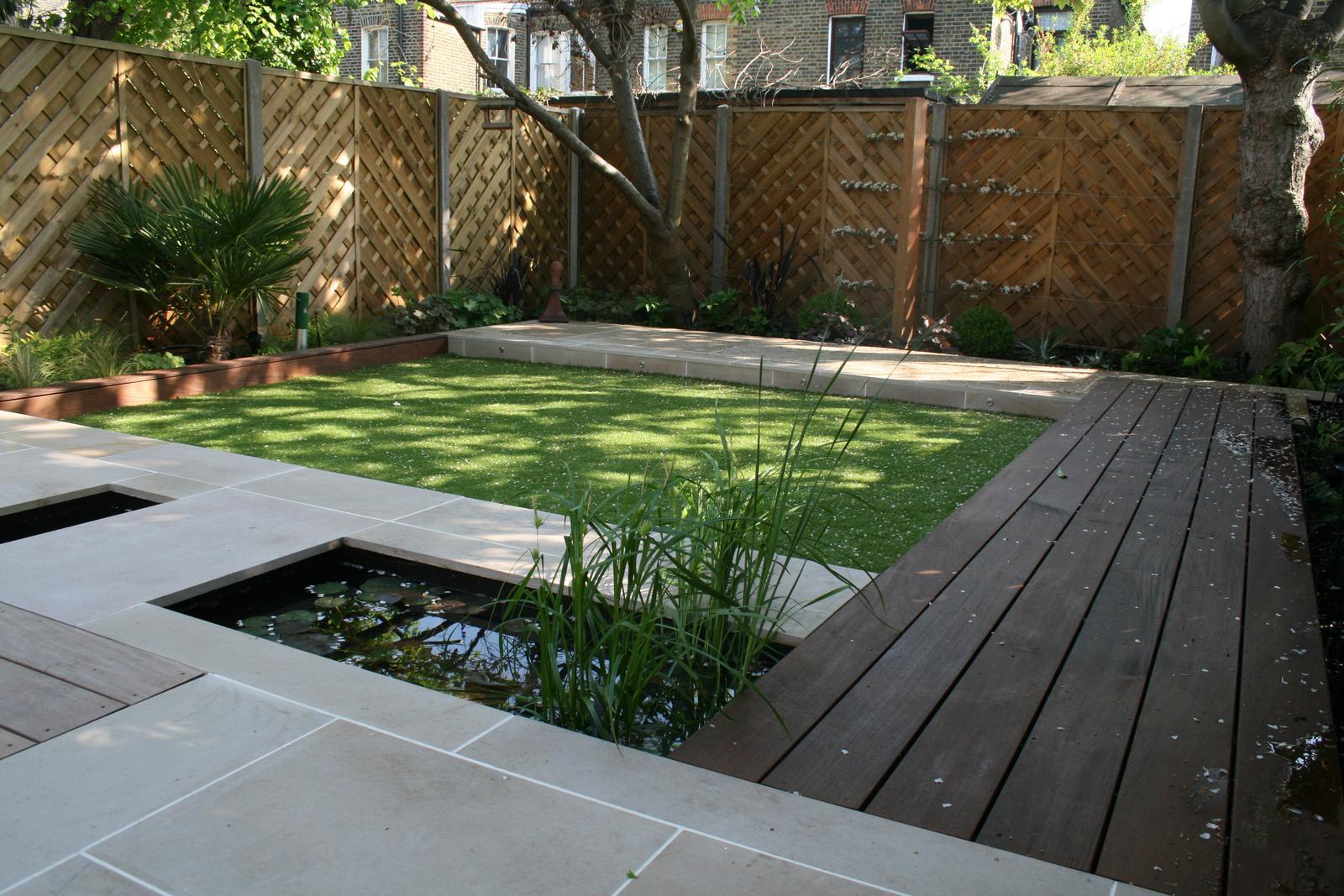 Velcí zahradníci s malou zahradou - Obrázek č. 56