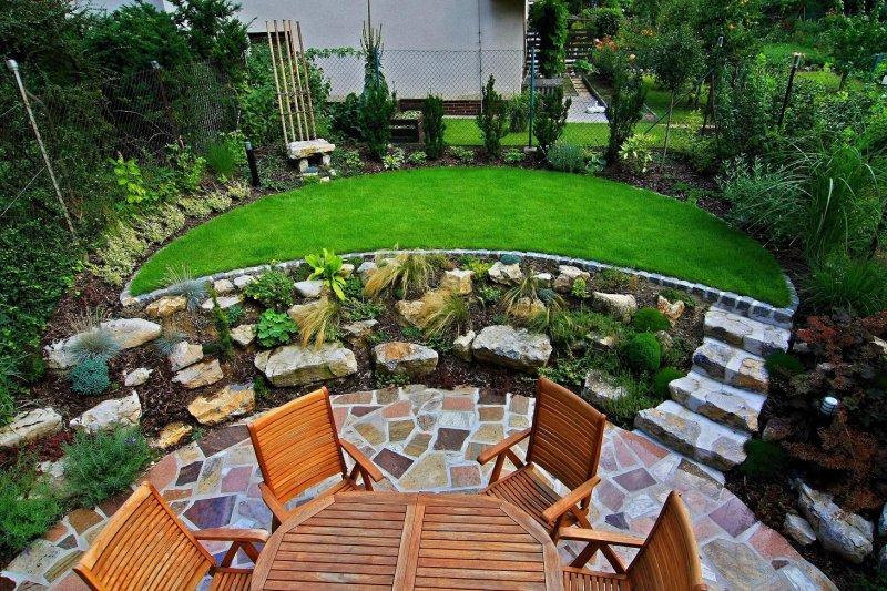 Velcí zahradníci s malou zahradou - Obrázek č. 65