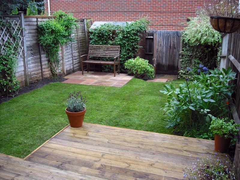 Velcí zahradníci s malou zahradou - Obrázek č. 77