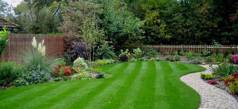 Velcí zahradníci s malou zahradou - Obrázek č. 78