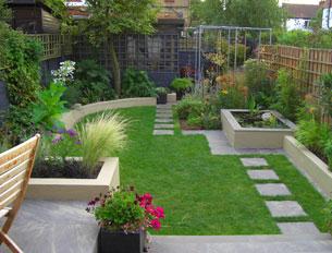 Velcí zahradníci s malou zahradou - Obrázek č. 82