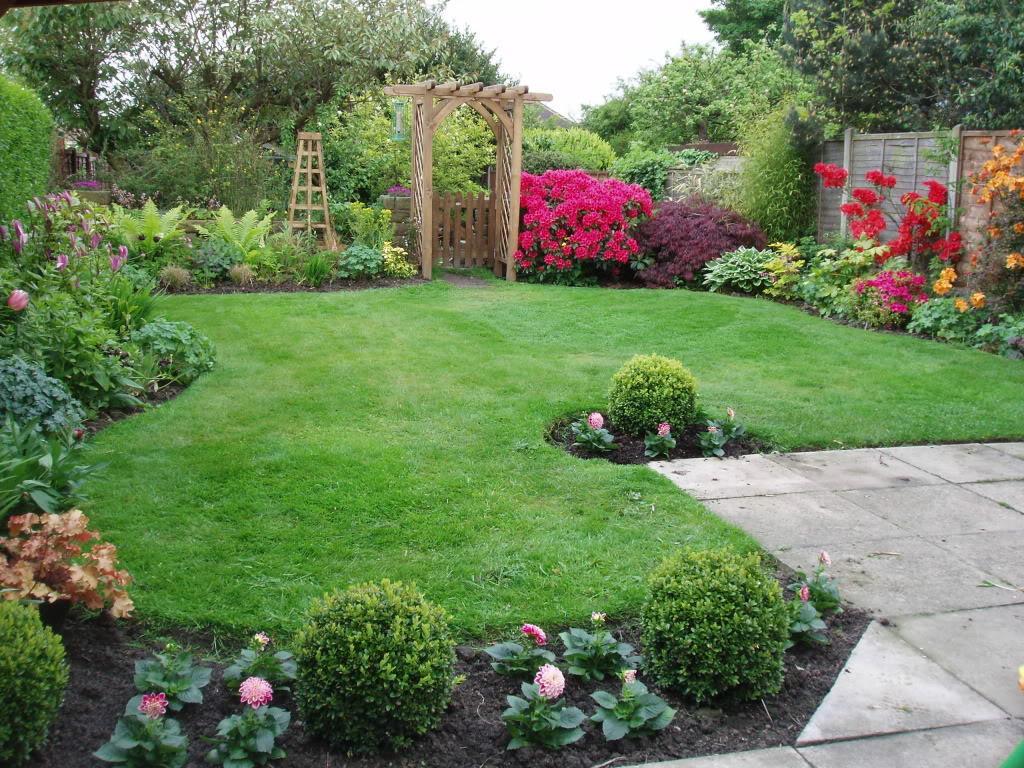 Velcí zahradníci s malou zahradou - Obrázek č. 83