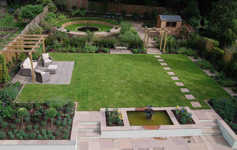 Velcí zahradníci s malou zahradou - Obrázek č. 85