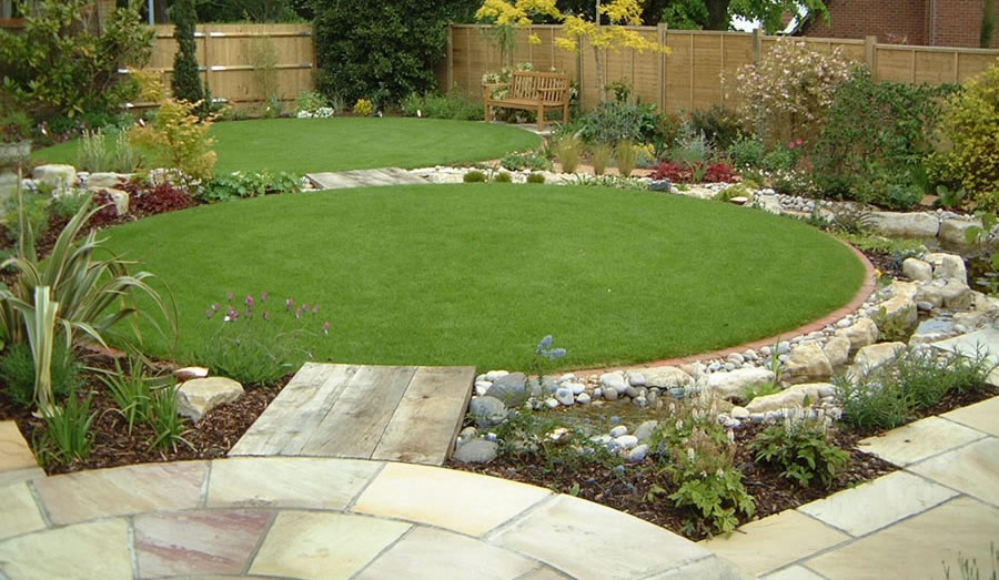 Velcí zahradníci s malou zahradou - Obrázek č. 96