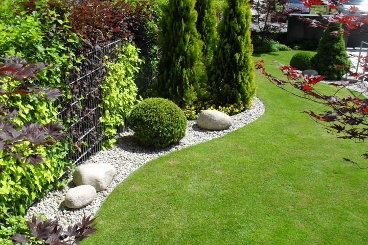 Velcí zahradníci s malou zahradou - Obrázek č. 206