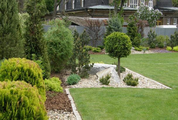 Velcí zahradníci s malou zahradou - Obrázek č. 214