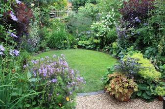Krásný úkryt v zahradě.