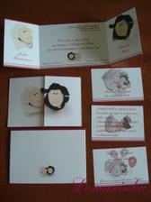 """Finální verze oznámení;) ještě máme obálky kde jsou zase vytištěné """"naše"""" ovečky...moc se nám líbí;)"""