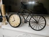 Provence hodiny kovove - bicykel,