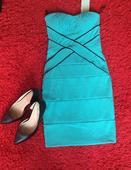 zelenkavé koktejlové šaty, 34