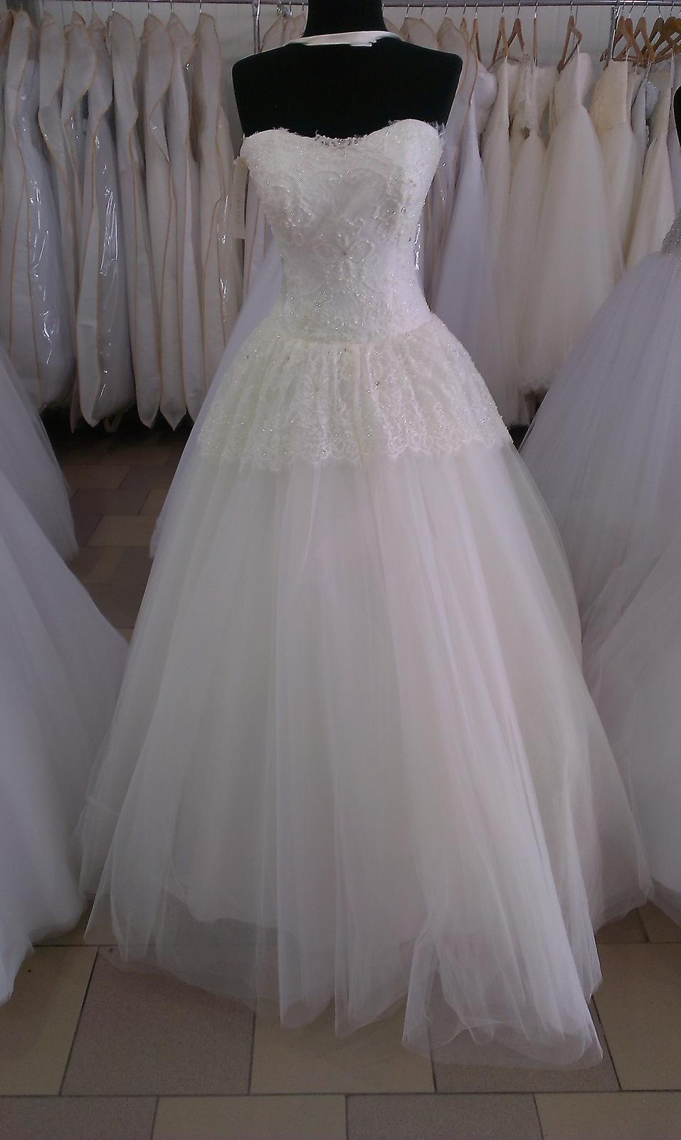 b337fa85a06c Svadobné šaty z Ukrajiny. Máte skúsenosť  - - Sva... - str. 42
