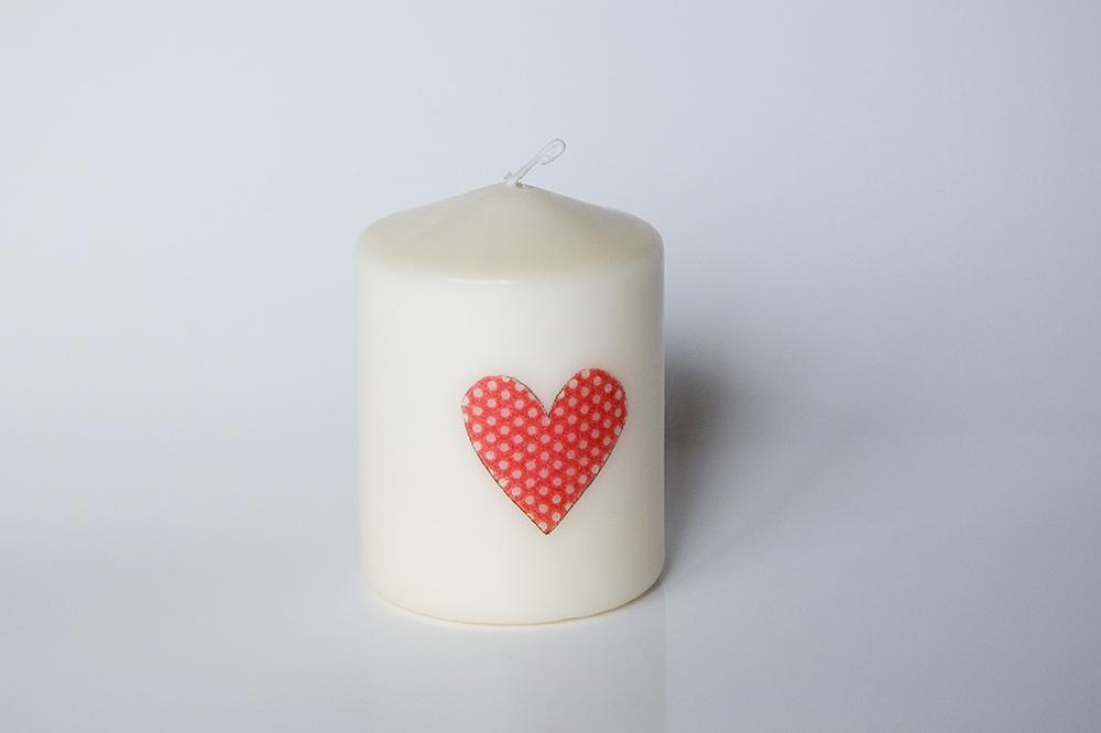 Svíčka se srdíčky - Obrázek č. 1