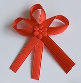 Červené svatební vývazky,