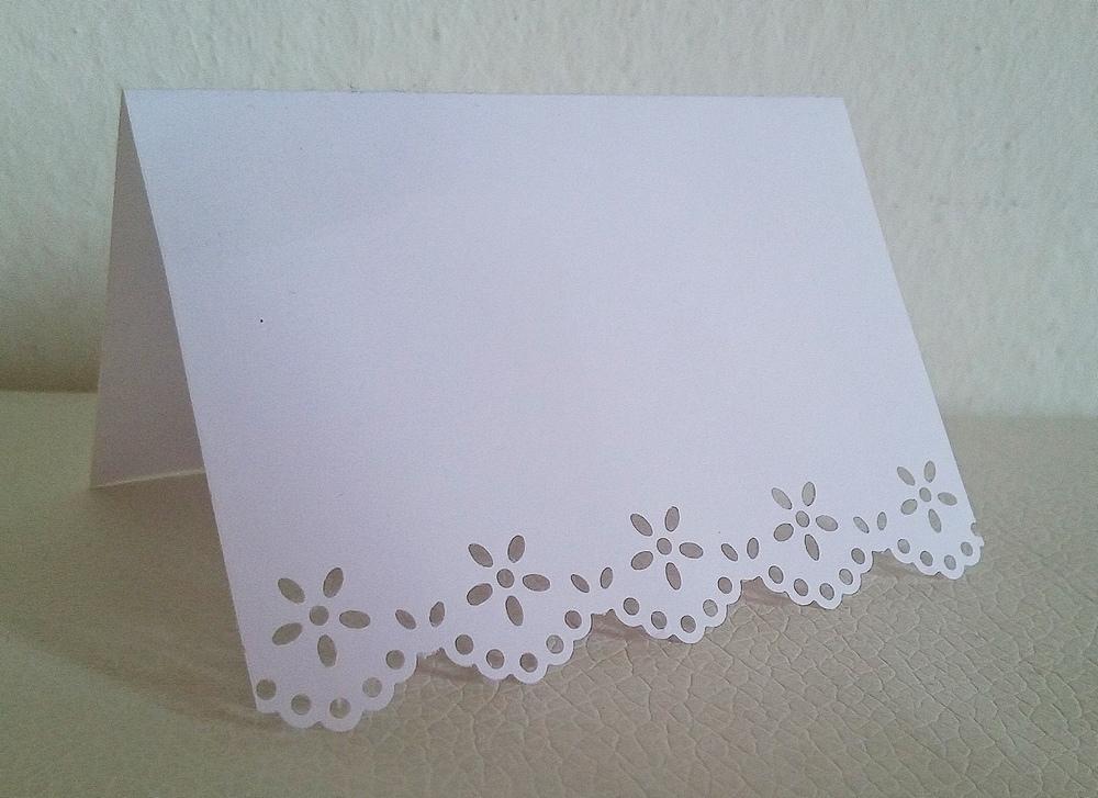Bílé jmenovky na stůl - Obrázek č. 1
