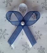 Modré svatební vývazky s perličkou,