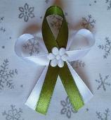 Olivově zelené svatební vývazky,