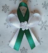 Smaragdově zelené svatební vývazky,
