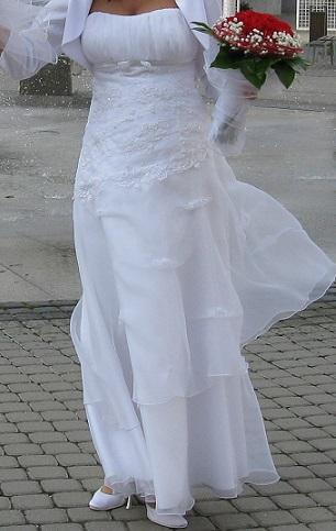 Svadobé šaty - Obrázok č. 2