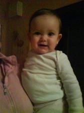 """a jej sestrička Stellka, ešte je maličká na """"družičkovanie"""""""