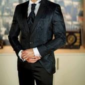 Luxusny svadobny oblek, 48