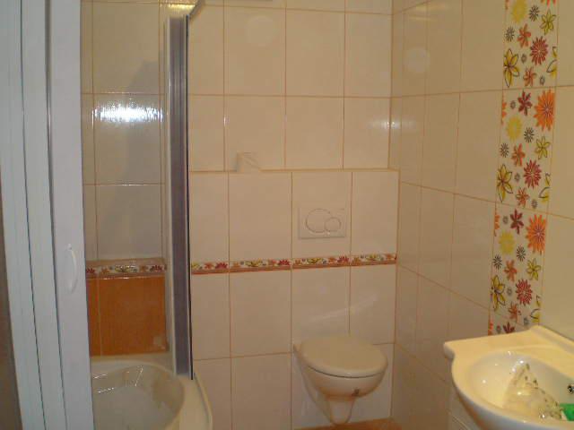 Naše budúce bývanie - Pomaly dokončujeme kúpelňu ...
