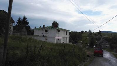 23.6.2018 krov na vrchnej streche hotový