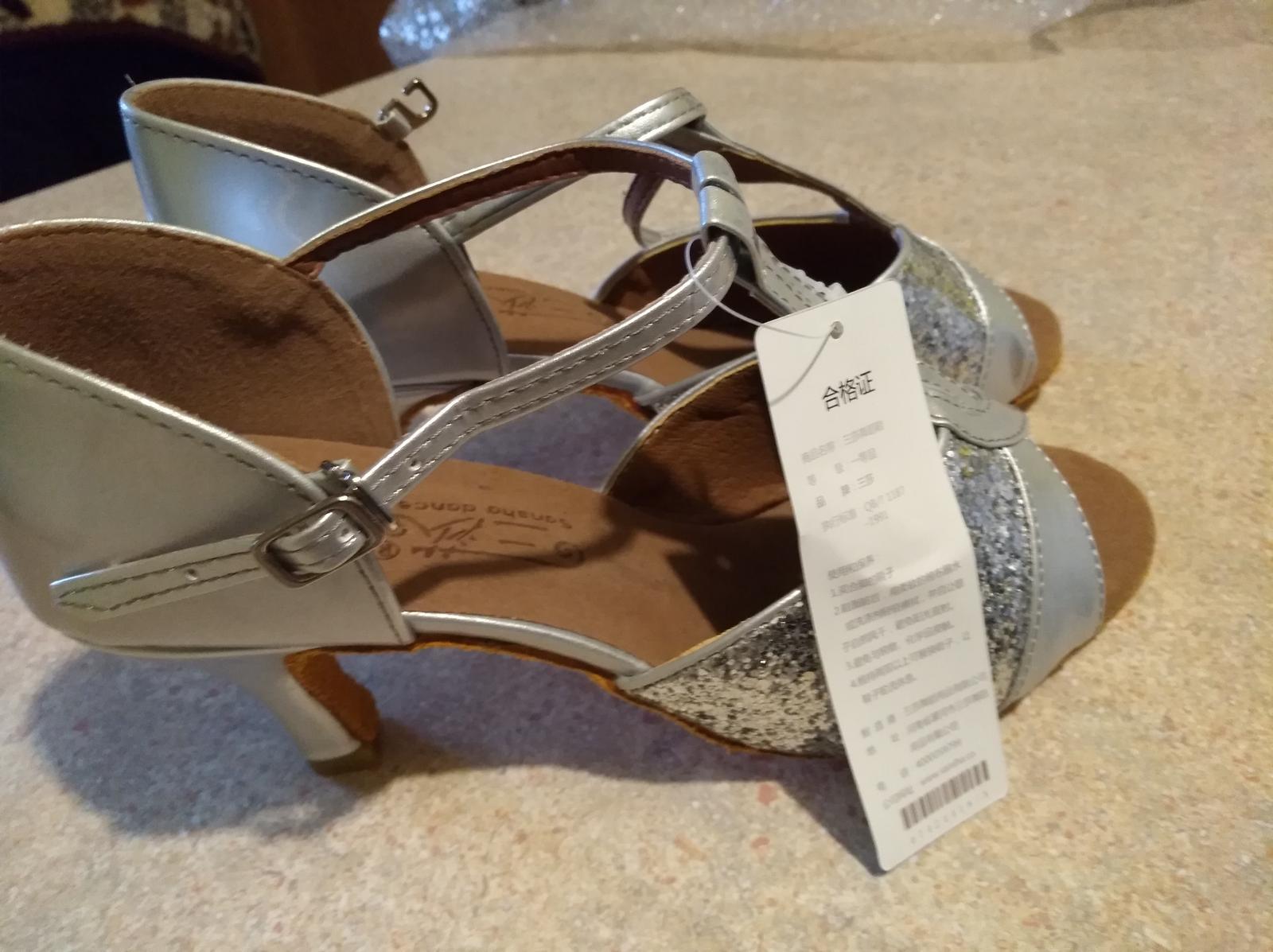 Strieborne sandalky - Obrázok č. 2