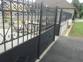 Brána natretá