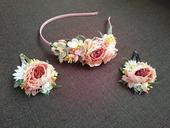 Květinová čelenka + 2 sponky,