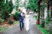 Svatební šaty na míru s volnými zády, 38