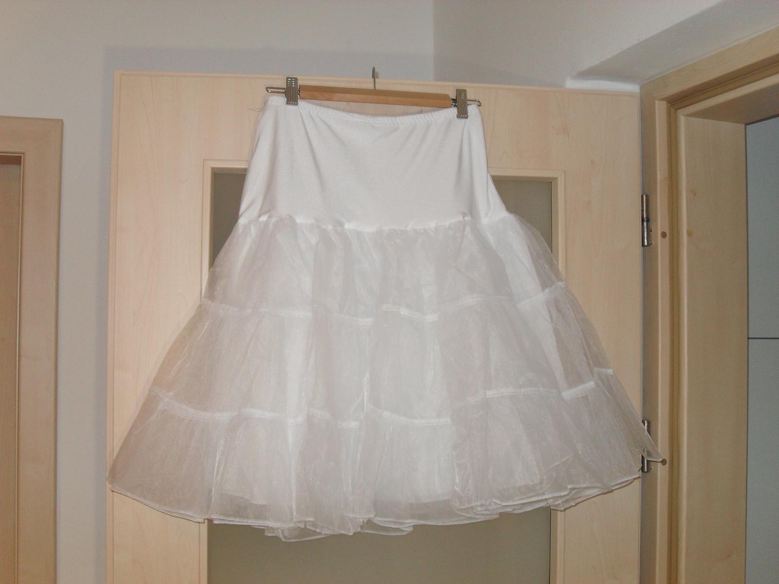 Spodnička pod šaty - Obrázek č. 1