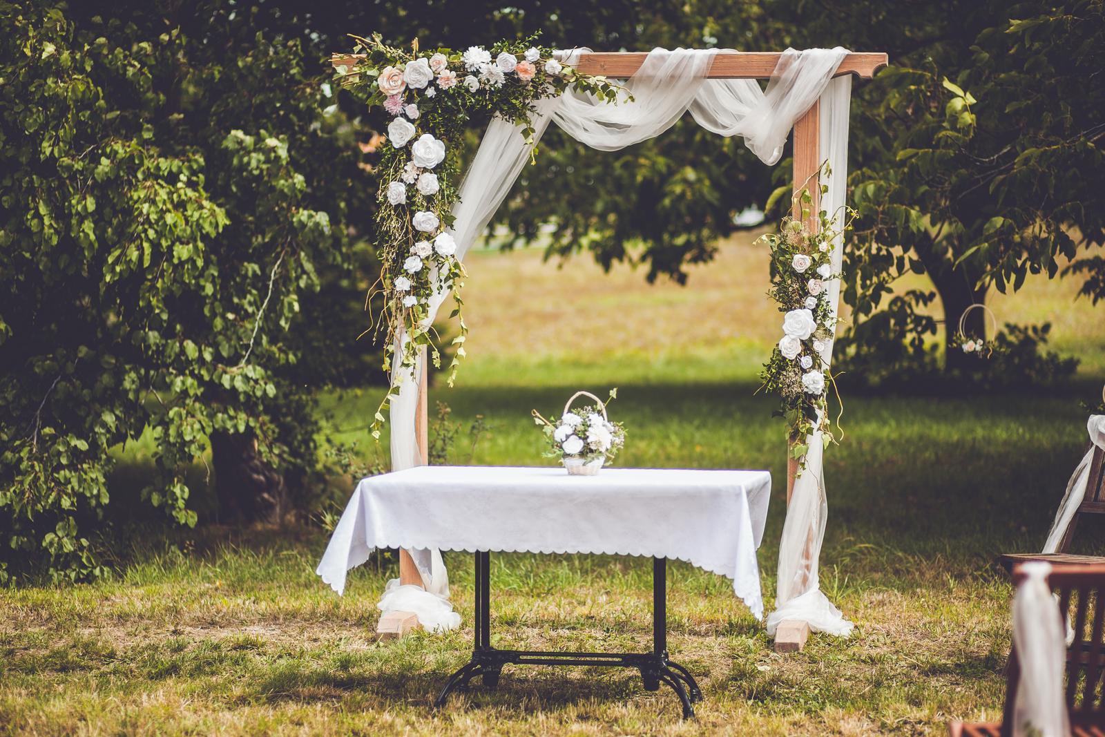 Dekorace na svatební bránu - Obrázek č. 1