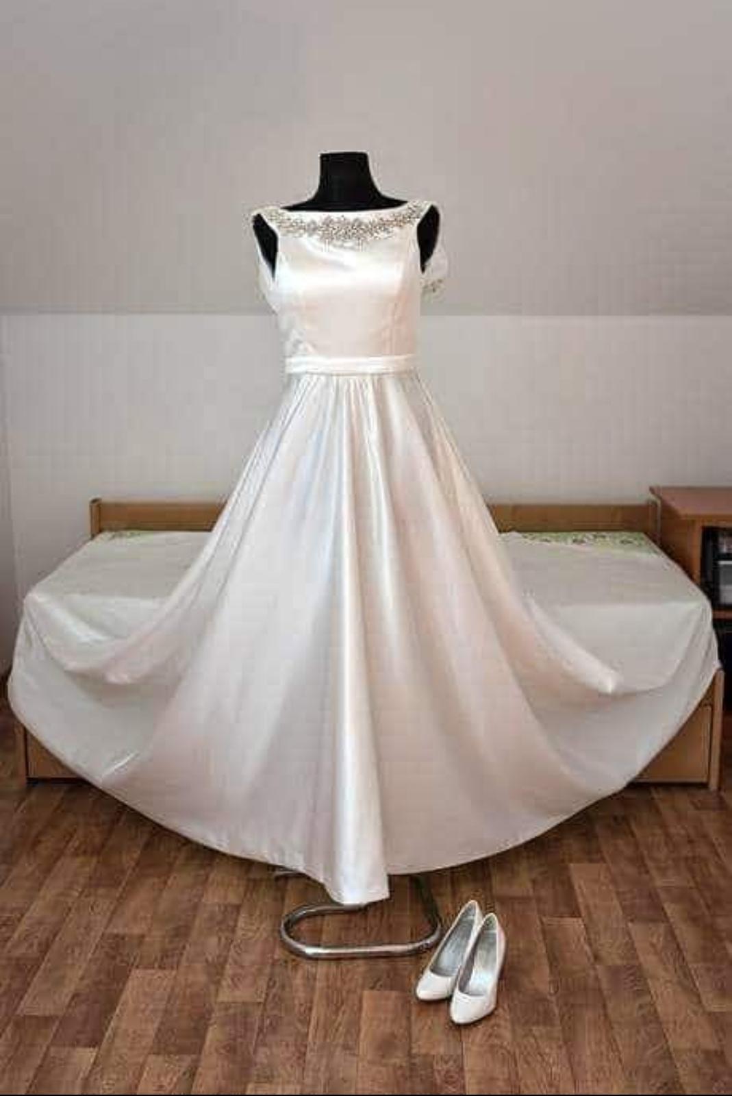 saténové svadobné šaty,36-38 - Obrázok č. 2