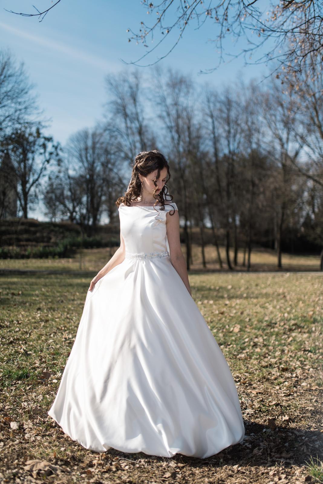 saténové svadobné šaty,36-38 - Obrázok č. 1