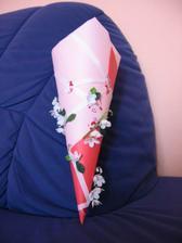 dárek pro děti - kornout s bonbóny na stůl pro holčičky