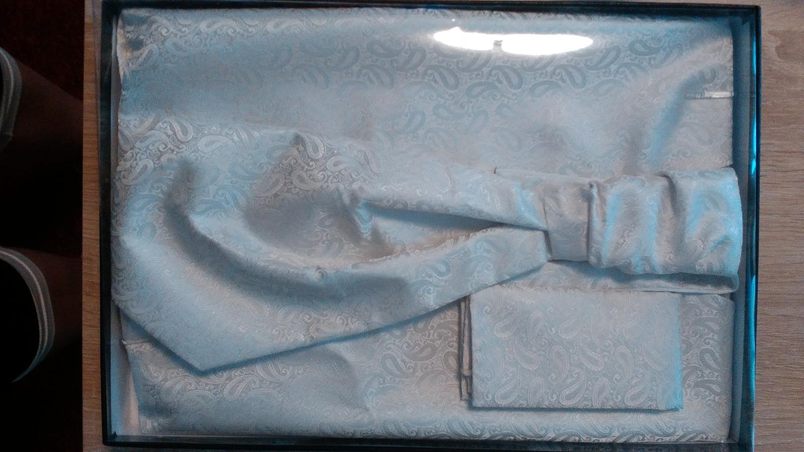 Svatební vesta, regata kravata, kapesníček - Obrázek č. 1