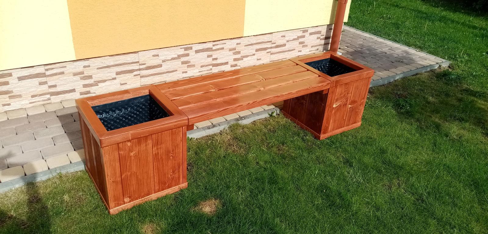 Kvetináčová lavička - Hand Made - Obrázok č. 1