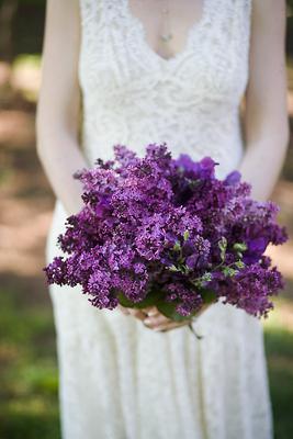 V jednoduchosti je krasa* - orgovan je moj najmilovanejsi, no kvitne prave teraz, a moja svadba je v auguste hm..