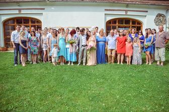 Všimněte si že nikdo není v černém obleku - ano zakázali jsme to :) svatba není funus
