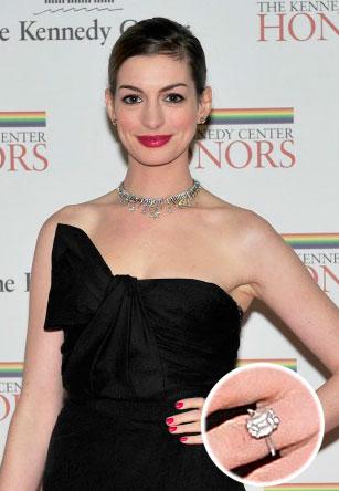 Slavné zásnubní prsteny - Anne Hathaway