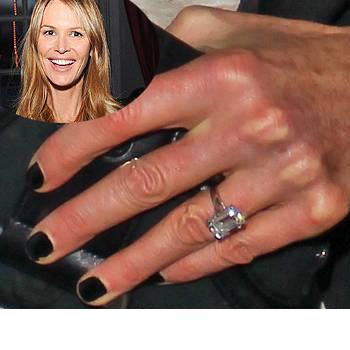 Slavné zásnubní prsteny - Elle Macpherson