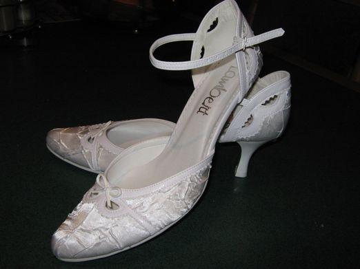 Co uz mame - A ešte topánočky z iného uhla. Konečne som ich zohnala a sú úplne úžasné.