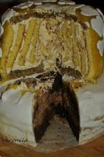 Zkouska dortu probehla v zari. Mozna bude domaci. Vevnitr byl vyborny a zvenku ho vylepsime :)