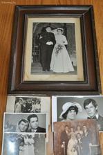 Fotky nasich rodicu, prarodicu a praprarodicu uz jsou nachystany. Zbytek ramecku jsem si ale objednala v CR.
