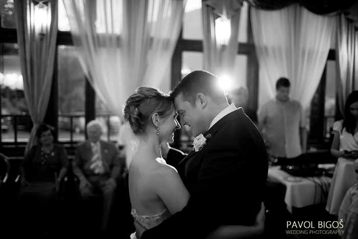 V{{_AND_}}N - A prvni tanec.../ The first dance...