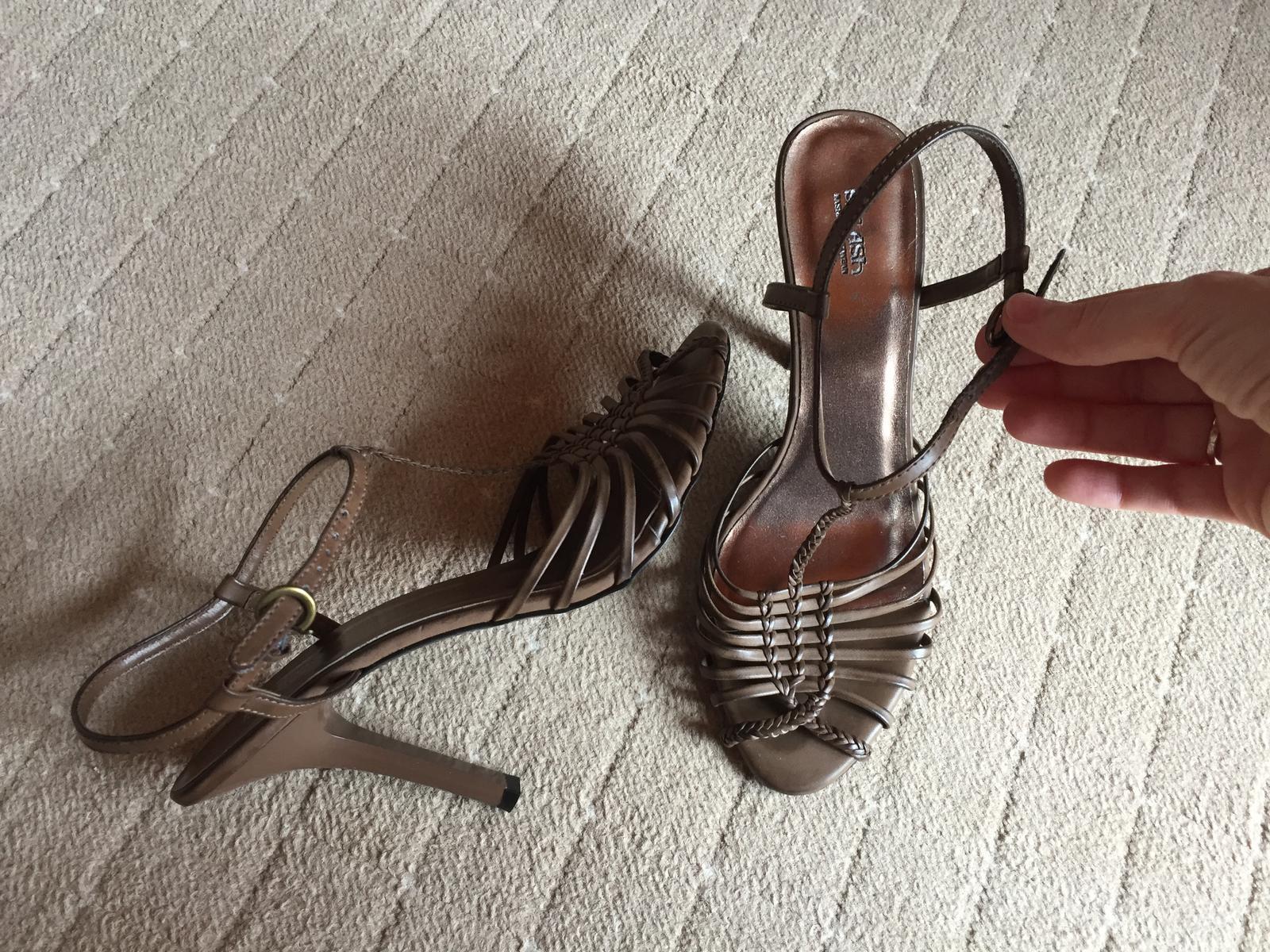 Vysoke sandalky - Obrázok č. 2