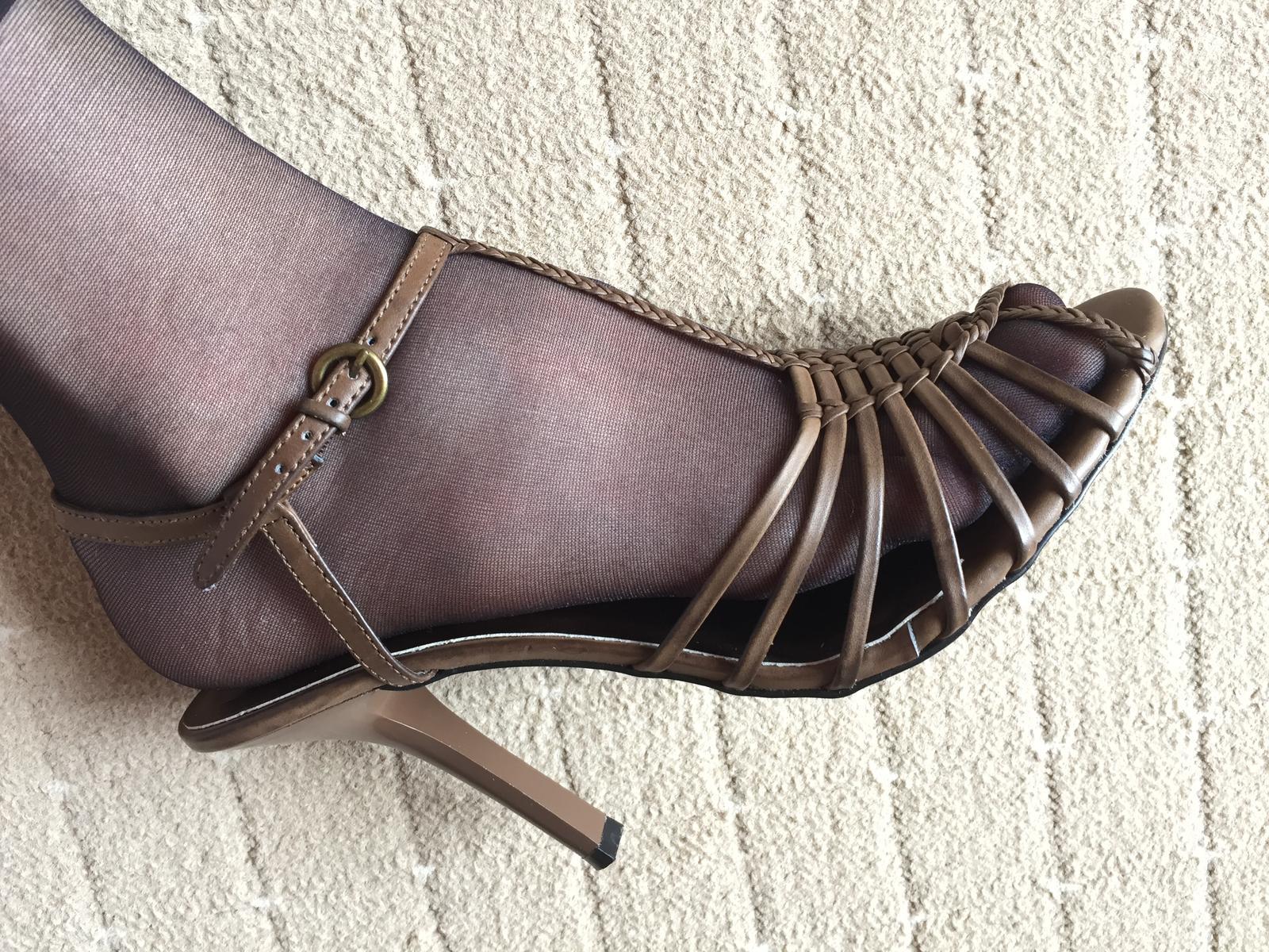 Vysoke sandalky - Obrázok č. 4